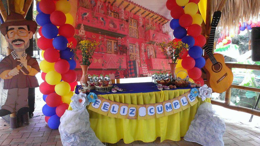 Decoracion fiesta colombiana decoraciones tematicas for Decoracion fiesta anos 60
